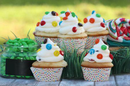 M&M-Cakecakes-Horizontal