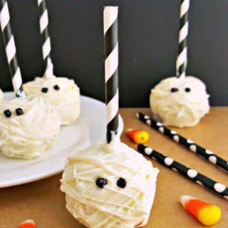 Halloween Mummy Cake Pops Recipe