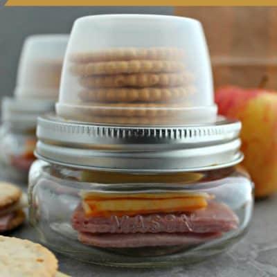 DIY Lunchables {Mason Jar Hack}