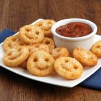 McCain® Smiles with Pizza Dipping Sauce