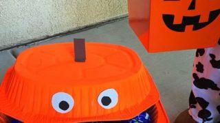 Dollar Store Halloween Candy Bin