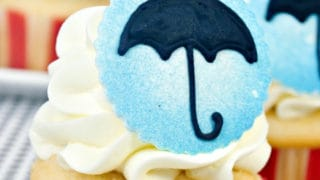 Mary Poppins Cupcakes ⋆ Sugar, Spice and Glitter