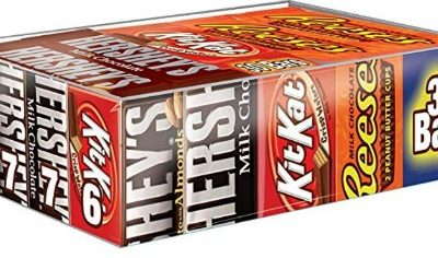 Hershey's Halloween Chocolate Full Size Candy Bar Assorted Variety Pack (30 ct.): $13.39 (21% off)