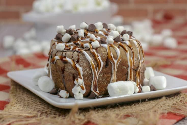 Hot Chocolate Cinnamon Rolls