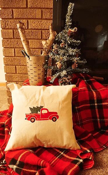 Dollar Store DIY Farmhouse Christmas Tree